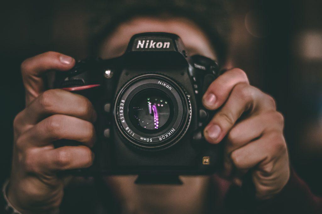 Schnell Geld verdienen mit eigenen Fotos